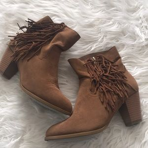 Tan Rampage Boots